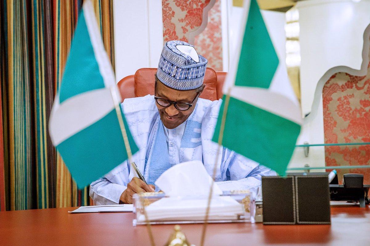 Buhari signs executive order